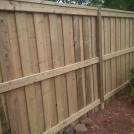 close up residential fencing