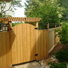 residential wood fencing gate
